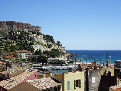 Photo for Duplex apartment right Cassis downtown, can welcome 6 persons