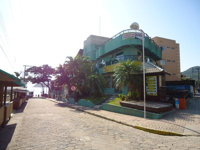 Photo for Apartment block from the sea in Bombinhas Beach!