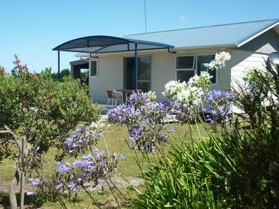 Photo for Stand alone cottage. Easy 10 minute walk to beach