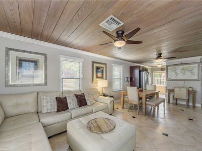 Photo for Awesome Florida Cottage All New Inside Great Tropical Decor - Free Wifi - 113 Surf Song