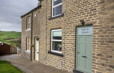 Photo for FALL IN GREEN COTTAGE, Haworth