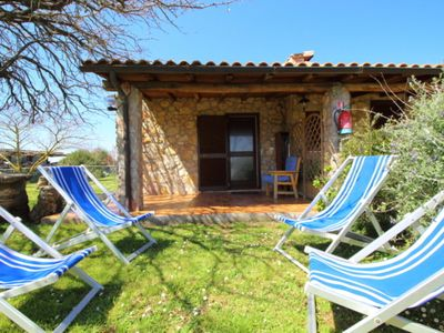Photo for Beautiful private villa with WIFI, private pool, pets allowed, panoramic view and parking