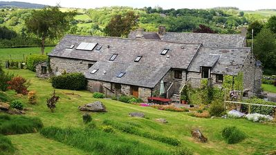 Photo for The Old Barn. 25mns drive to Snowdonia National Park. 18thC original features