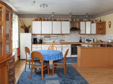 Spacious apartments, a few minutes from the center, in a quiet