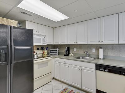 Photo for FREE DAILY ACTIVITIES! 2 Bedroom, 2 Bath ocean-view condo at the Quay.