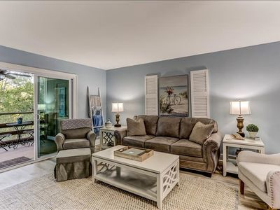 Photo for 2 bedroom/2 bath Condo with Swimming Pool  and Tennis Court - Short walk to the beach!  Sleeps 4.