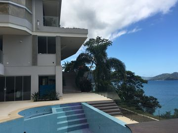 high standard house, stunning view, cozy beach for rest and leisure