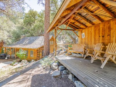 *** Eat Bacon & Ice Cream in a Log Cabin! ***  Best Value & Amenities in PMC!