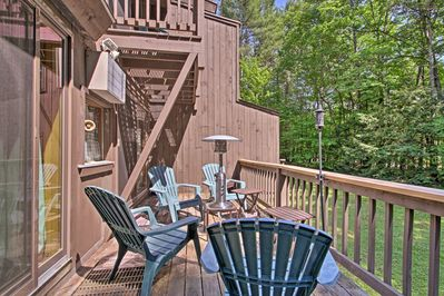 This home boasts 3 bedrooms, 2.5 bathrooms, and room for 8.