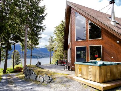 Photo for Golden Alaskan Lodge a Secluded Alaska Mountain Hideaway, 4 Bdrs, 2 Bths with Hot Tub, Jacuzzi and Outdoor Sauna