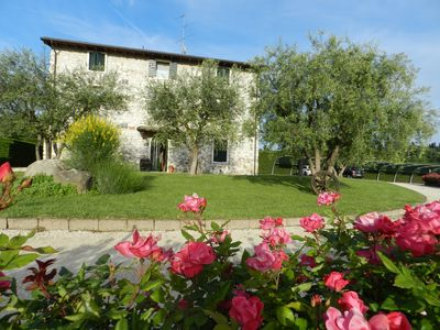 "Photo for FARMHOUSE ""LE GINESTRE"" IN LAZISE FIRST FLOOR, WIFI, AIRCO, POOL, BBQ"