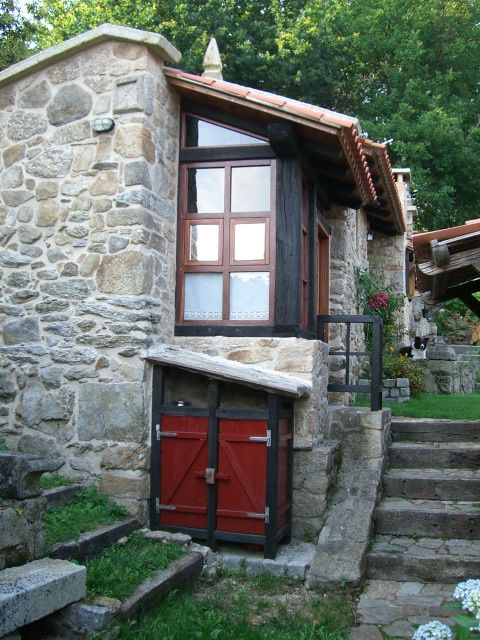 Charming Traditional Stone Cottage