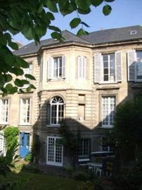 18th Century Mansion in the historical center of Caen !