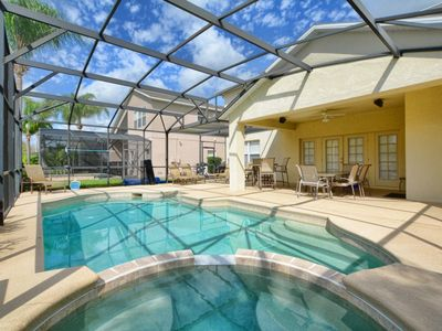 Photo for Spacious,Free Wifi, BBQ Grill, Pool Table, Only 2 Miles from Disney!!