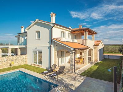 Photo for Lovely countryside villa only 3 km from the sea