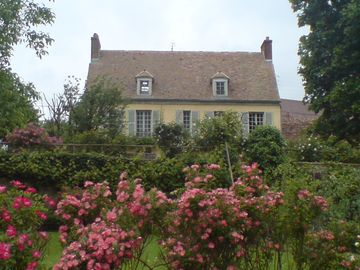 Charming house in the heart of Vexin (55 minutes from Paris)