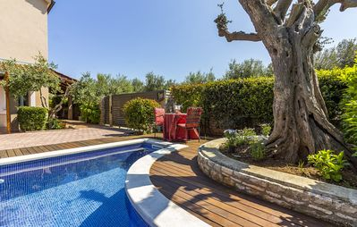 Photo for Nice villa with pool