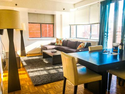 GIGANTIC Sun-Soaked 2br in Amazing Location that's CLOSE TO EVERYTHING!