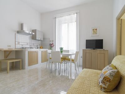 Photo for Materdei B apartment in Arenella with WiFi.