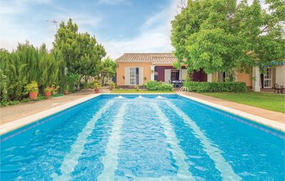 Photo for 4 bedroom accommodation in Palma del Río