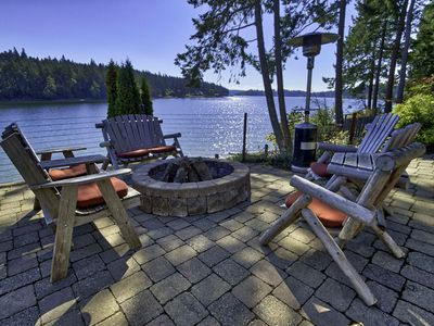 Peaceful & Relaxing Waterfront Retreat on a Deepwater Cove with Wildlife Viewing