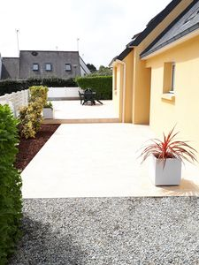 Photo for Detached house, facing south, av garage and enclosed garden, 350 m from the beach (Finistere