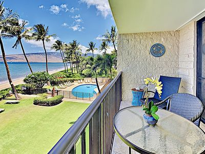 Lanai - Breathtaking ocean and pool views from your private lanai