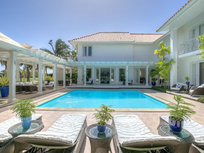 Great for Groups & Families, Swimming Pool, Beach Club Nearby, AC, Free Wifi, Concierge
