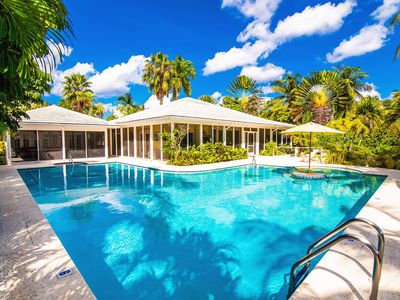 Great Escape: Serene Cove Villa in the Quiet Neighborhood of Cayman Kai with Pool & Dock