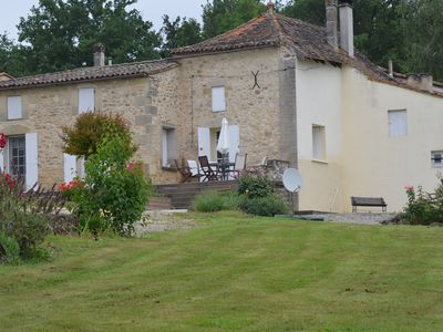 Photo for Beautiful House, fully equipped,  among the vineyards near Sainte Foy La Grande