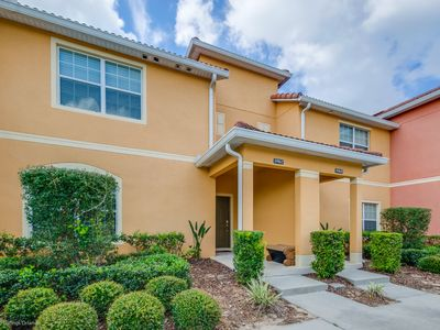 Photo for Paradise Palms Resort  Town home With Pool Only 8 Minutes To Disney
