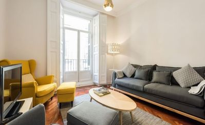 Photo for Apartment in the center of Madrid with Internet, Washing machine, Air conditioning (672743)