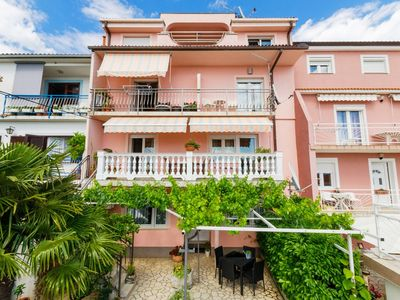 Photo for Holiday apartment with air conditioning, satellite TV, sea view, Internet and Grill
