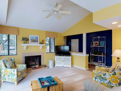 Photo for Comfortable condo w/ lagoon views from deck, shared pool & beach access nearby!