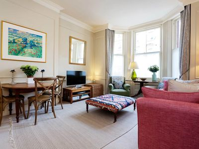 Photo for Beautifully decorated 1 bed flat located in desirable Kensington (Veeve)