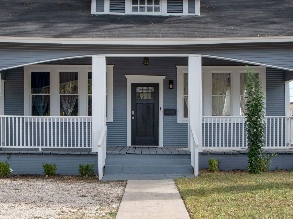 Charming Historic Home In Downtown San Antonio Perfect