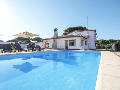 Photo for Fantastic Villa La Bora with Pool, Air Conditioning, Wi-Fi & Terrace; Parking Available, Pets Allowed