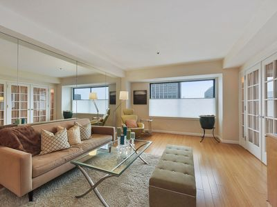 Photo for Luxury Condo with Concierge/Security/Pool/Gym On-Site