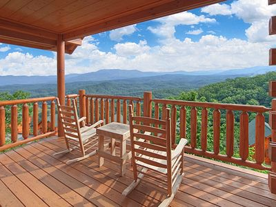 Photo for Fantastic Views from your Luxury 1 Bedroom Cabin - Sleeps 4