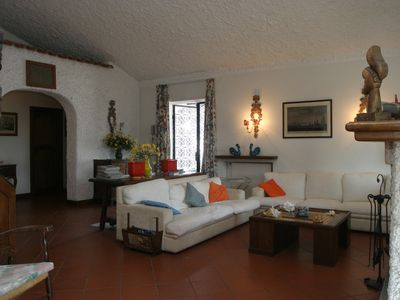 Photo for 4 bedroom Villa, sleeps 8 with FREE WiFi and Walk to Beach & Shops