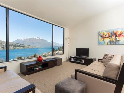 Photo for Elkridge Apartment Queenstown