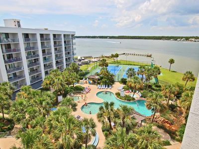 Gulf Shores Surf & Racquet 304C -Peace ~ Love ~ Beach ~ Spring Break Dates are Still Available. Book Now