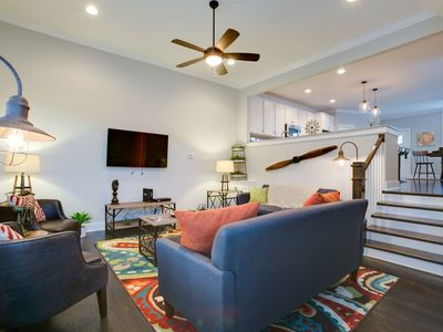 Photo for Industrial 3BR/2.5BA Home mins to DT by Domio