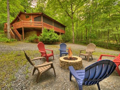 Photo for Enjoy Fightingtown Creek access in this spectacular cabin