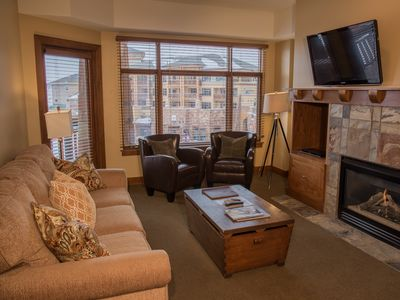 Photo for 1 Bedroom Condo with Balcony & Rooftop Hot Tub Access