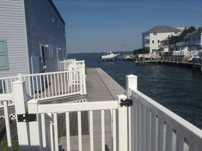 Photo for Stunning 1 Bedroom Townhouse On The Water