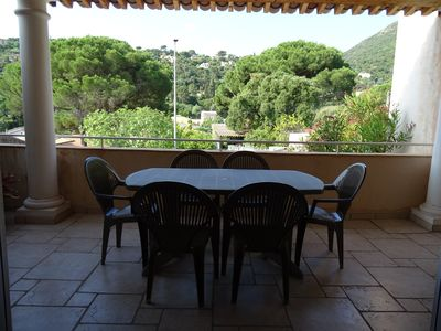 Photo for Cavalaire Apartment in villa 70m² / 4-6 pers. 2 bedrooms