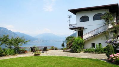 Photo for Apartment in villa on the lake