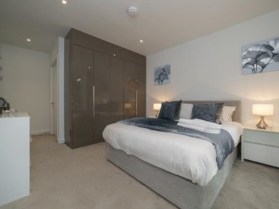 Photo for Deluxe Central London Apartment