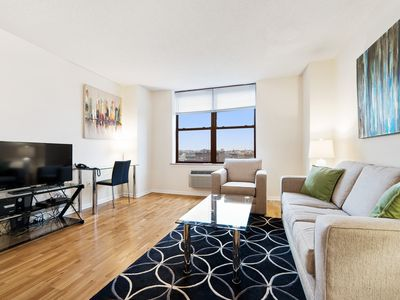 Photo for Clean & Comfy 1BR | Full Kitchen | Laundry | Near Hospitals